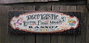 Firme rustice pictate pe lemn